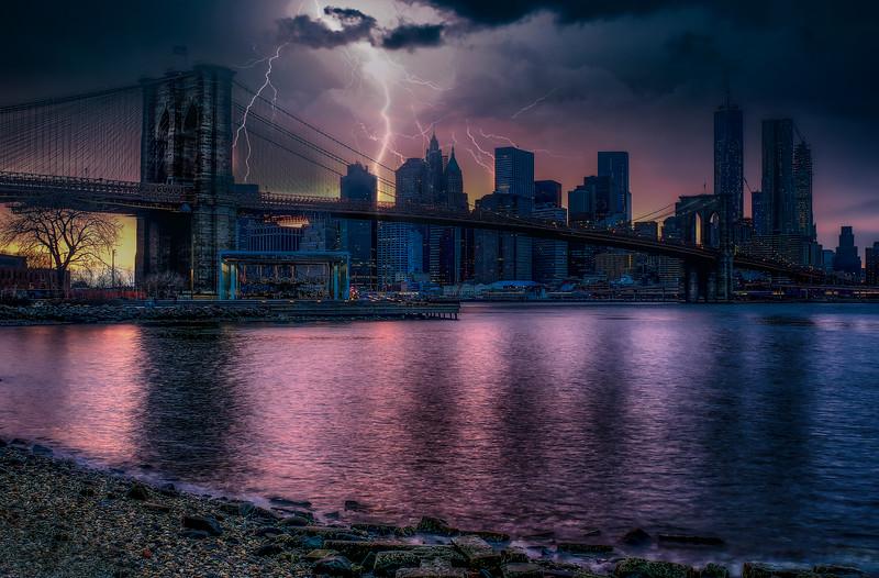Lightning, Manhattan Skyline