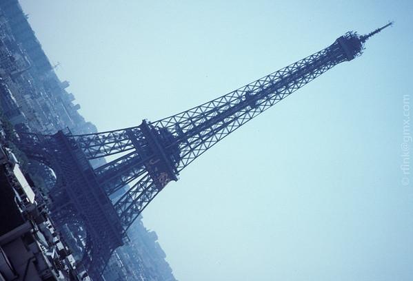1999 The Eiffel Tower