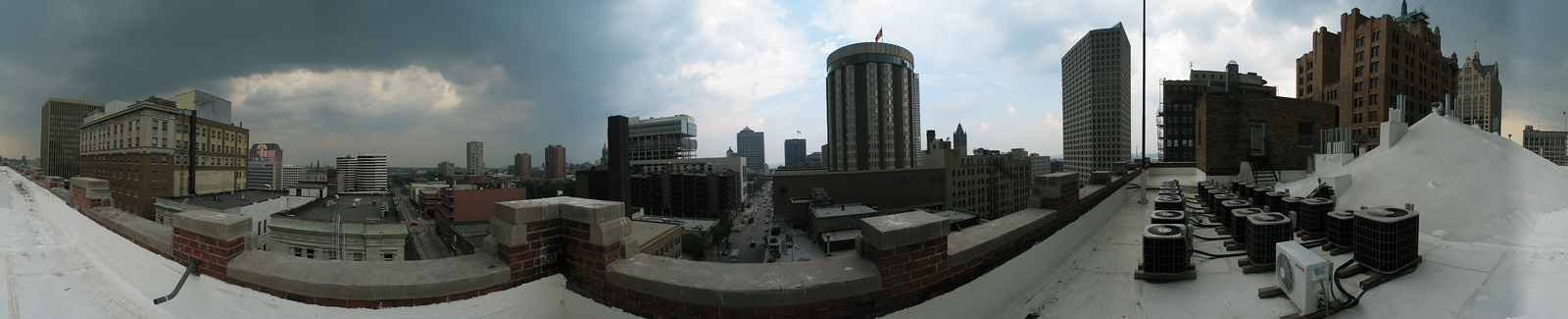 2003-07-30 Panoramas of Milwaukee