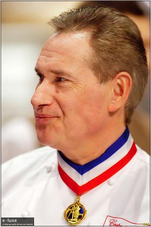 Jean Philippe Gay 1986 Meilleur Ouvrier de France 2001 à 2004: Président National des Meilleurs Ouvriers de France Pâtissier. 2005 : Médaille d'Or de la Confédération Nationale de la Pâtisserie Française.