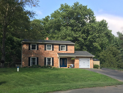 42554 Henry Ct, Hollywood, MD