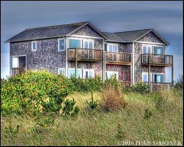 """""""BEACH  HOUSE""""."""