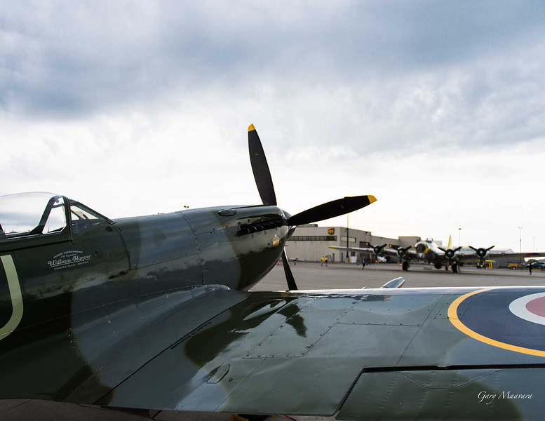 Spitfire and B-17.