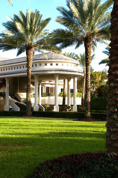 Miami Mansion-2 (by Jon Gorr)