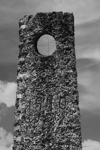 Coral Castle Obelisk (by Jon Gorr)