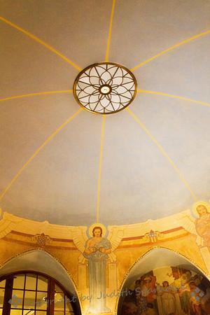 Lincoln Shrine Ceiling