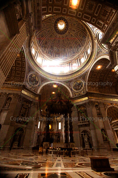 Alter<br /> Basilica of Saint Peter<br /> Vatican City <br /> Rome, Italy