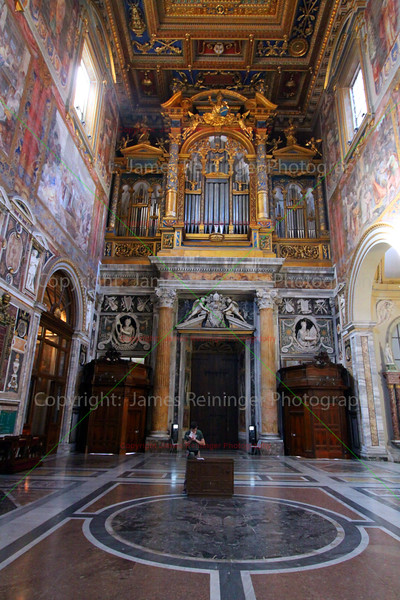 Organ (Arcibasilica Papale di San Giovanni in Laterano)