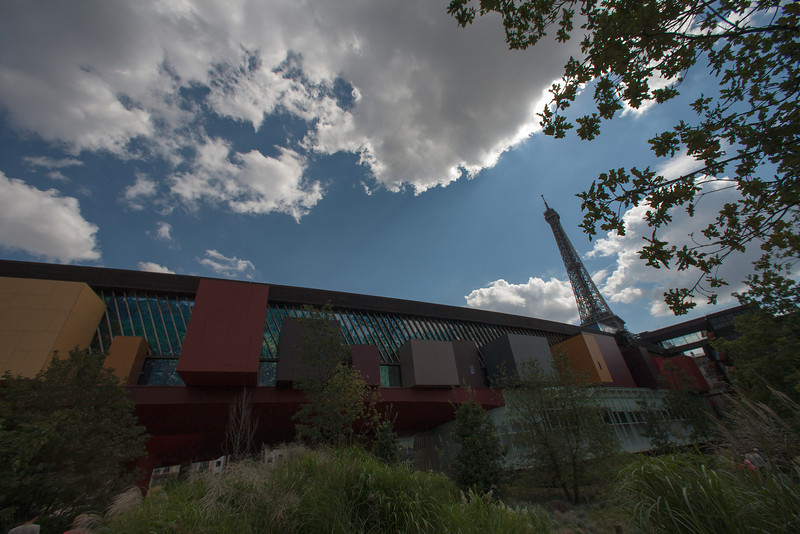 Musee du Quai Branly with Eiffel Tower.