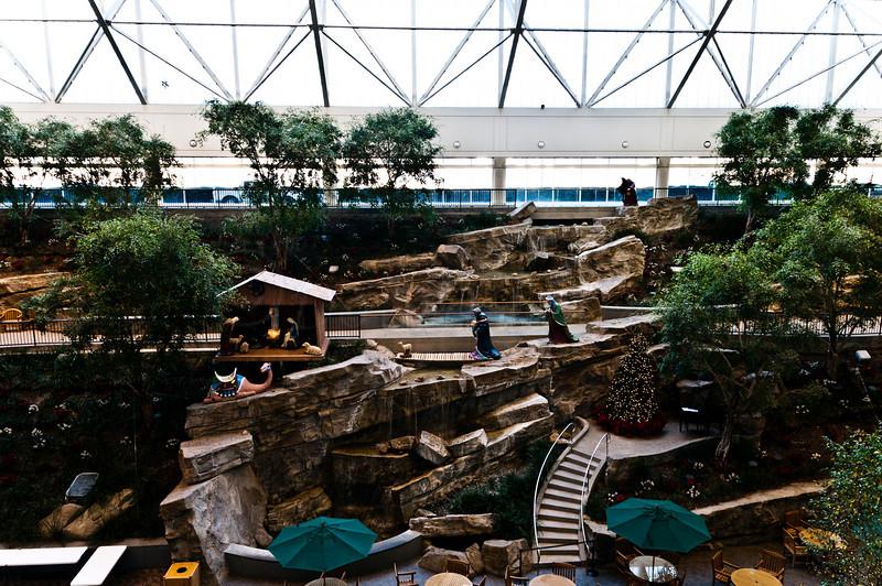 Christmas scene, Med City Atrium
