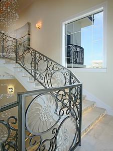 Bon_StairSE