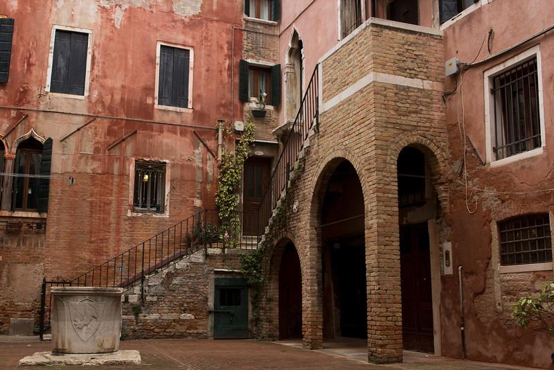 Italy, Venice, Courtyard SNM