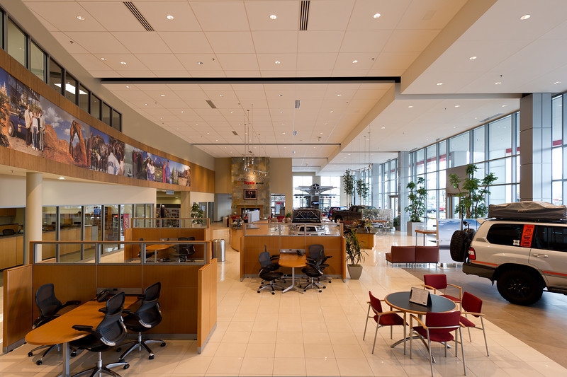 "JSturr Photographer - <a href=""http://www.jsturr.com"">http://www.jsturr.com</a><br /> <br /> Larry H. Miller Toyota, Sandy, Utah.  Designed by FFKR Architects,  <a href=""http://www.ffkr.com"">http://www.ffkr.com</a>."