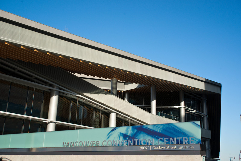 Detail of our fancy new (and very over budget) convention centre in Vancouver, BC.  Sony A900 / Minolta 24-50 at 40mm, 1/160sec at f/11, ISO 200.