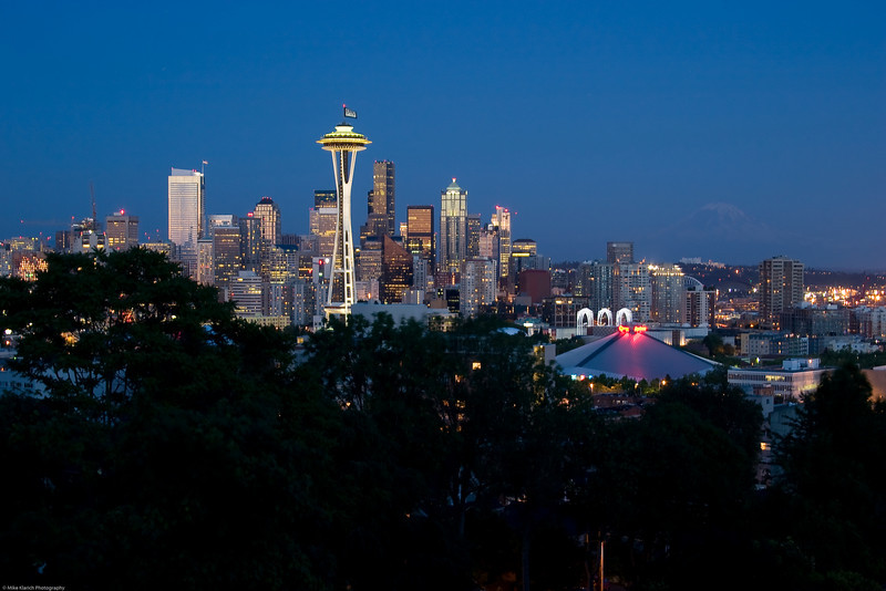 Seattle Skyline-9689<br /> Mt. Rainier poking out of the background at dusk.