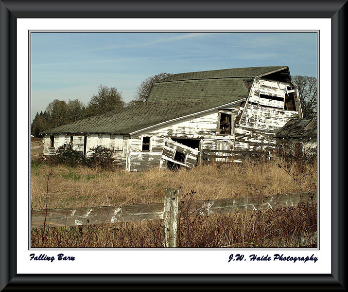 Sad old barn outside Hillsboro, Oregon