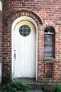 I love doors...
