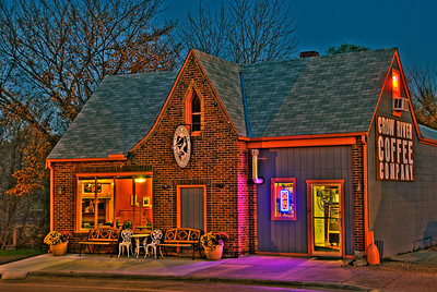 Crow River Coffee Company, Watertown MN.---Arc4007