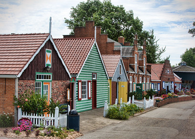 Houses and shops in Holland, Michigan