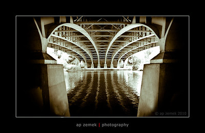 The M4 motroway bridge over the Thames near Maidenhead, UK