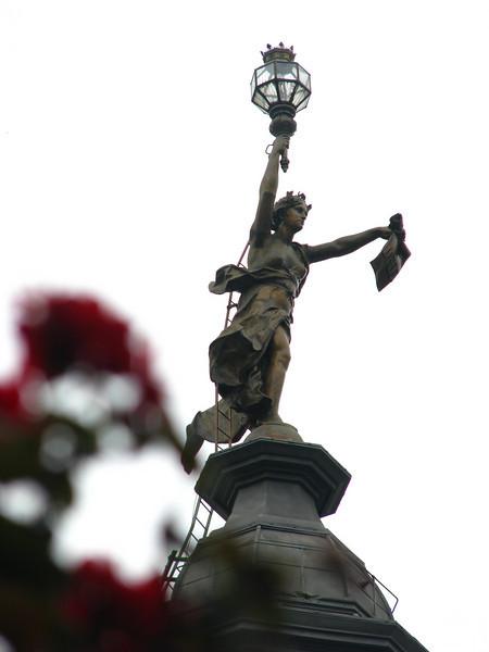 BA statue 1 jpg