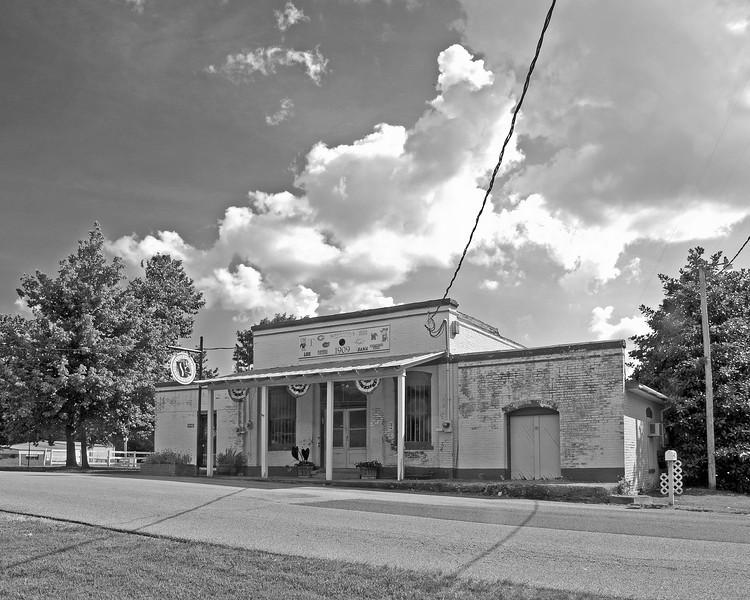 Old station - Mineral Wells, Mississippi