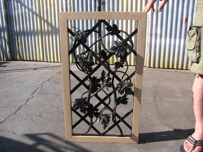 Window grille for wine cellar door