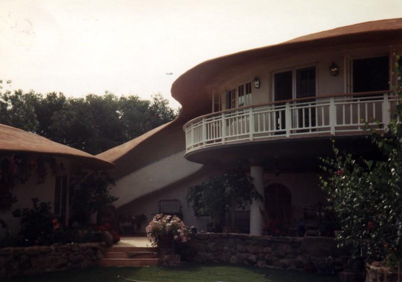 Artistic sculpted eaves - Morgan residence, Topanga Canyon, CA
