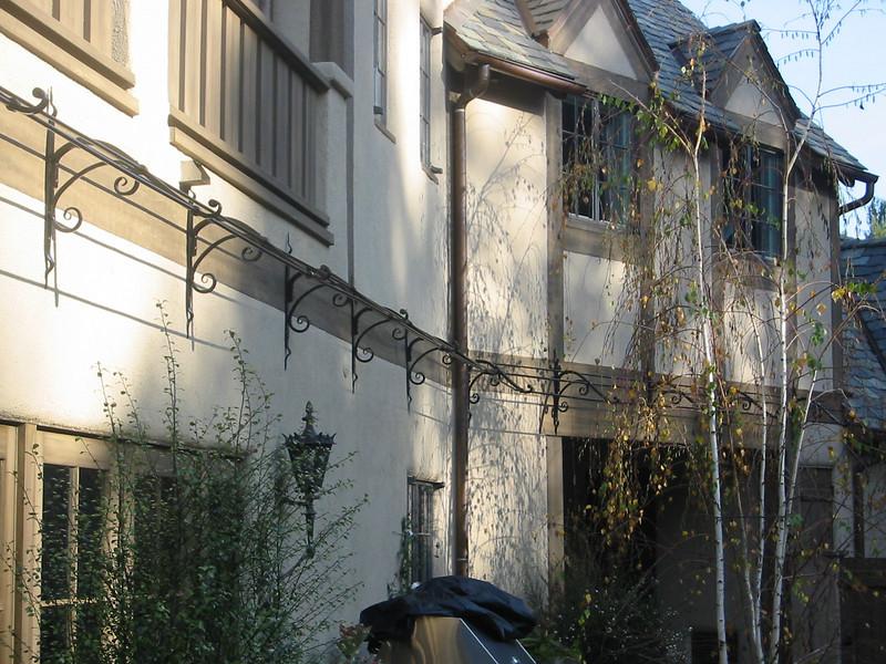 Vining rose trellis - Muerer Residence, LaCanada, CA