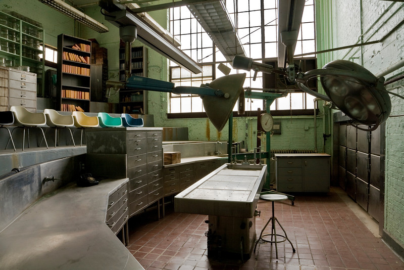 Autopsy theatre in Blackburn Laboratory, designed by then-director Walter Freeman.  Freeman is best known as the inventor of, and loudest proponent for, the transorbital lobotomy.  St. Elizabeths Hospital, Washington, DC.