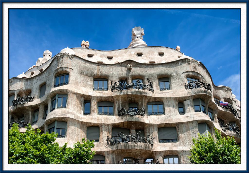 Gaudi house in Barcelona: Casa Mila La Pridrera
