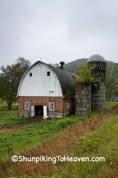 Arched Roof Barn on a Rainy Morning, Winona County, Minnesota