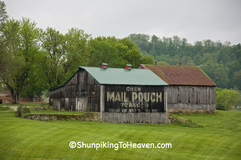 Mail Pouch Tobacco Barn, Brown County, Ohio