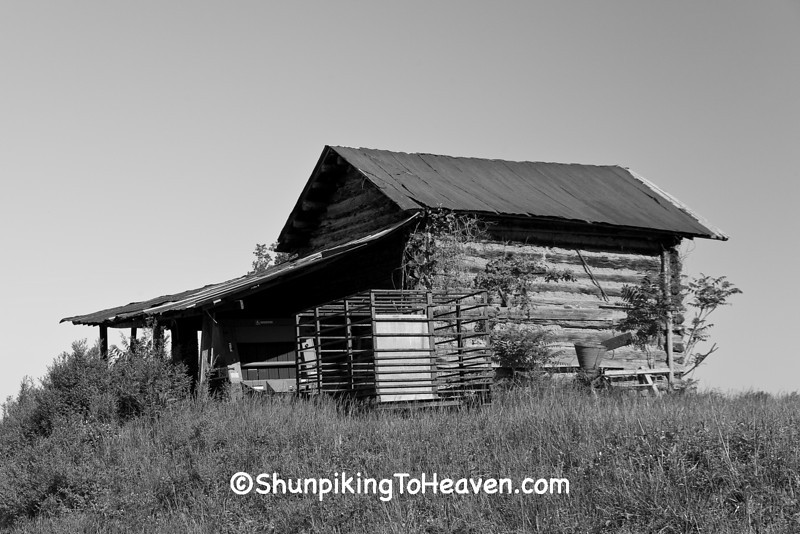 Log Tobacco Barn, Patrick County, Virginia