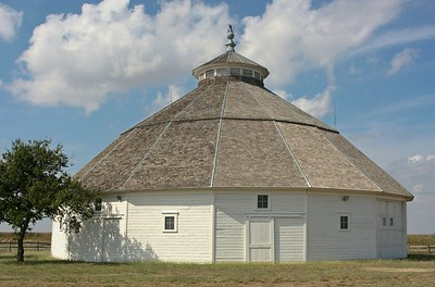 Round barn at Mullinville, Kansas