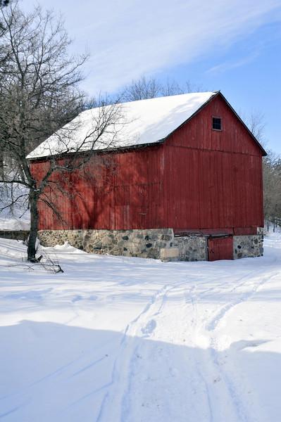 Old Barn near Ft. Ransom ND