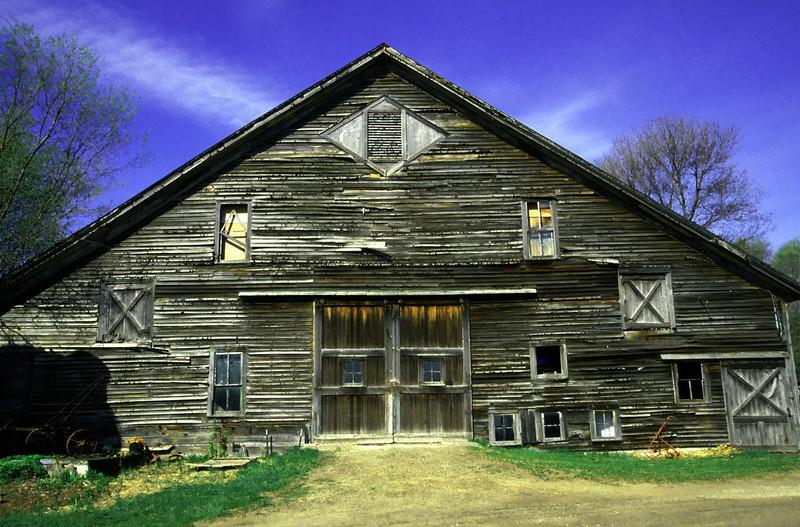 Railroad Barn - Anoka County