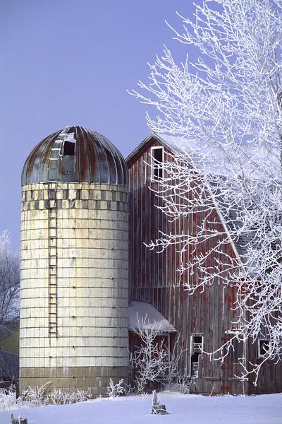 Snow Barn - Sibley Co.