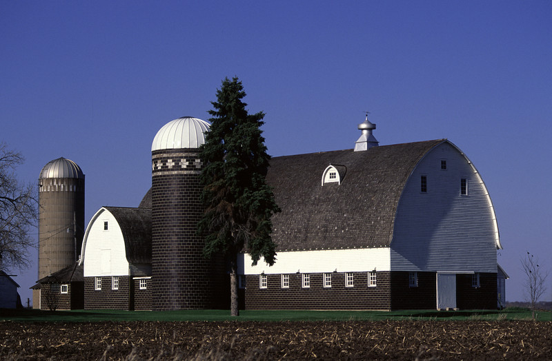 Brick barn - Dakota, Co.