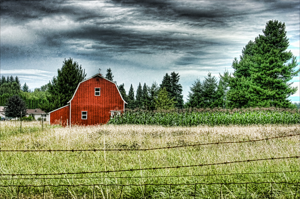 red barn 2008 hdr