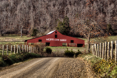 Wileys' Cove Ranch Barn