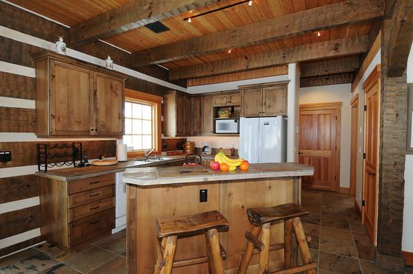 Beehive Basin Cabin