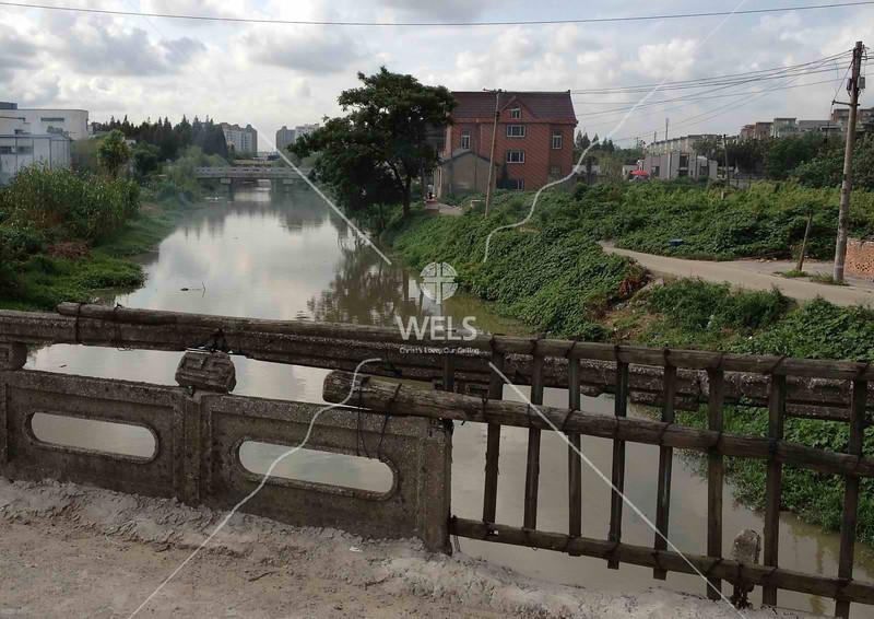 Old era bridge in Shanghai Pudong by kstellick