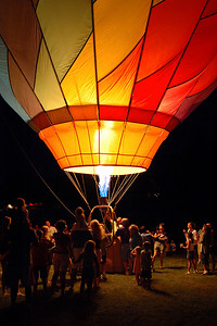 Balloon Glow on front yard - June 29, 2006