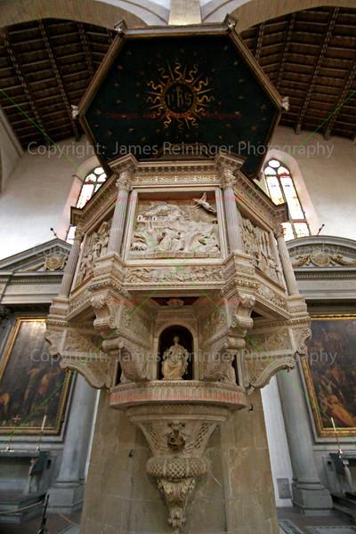 Pulpit by Benedetto da Maiano