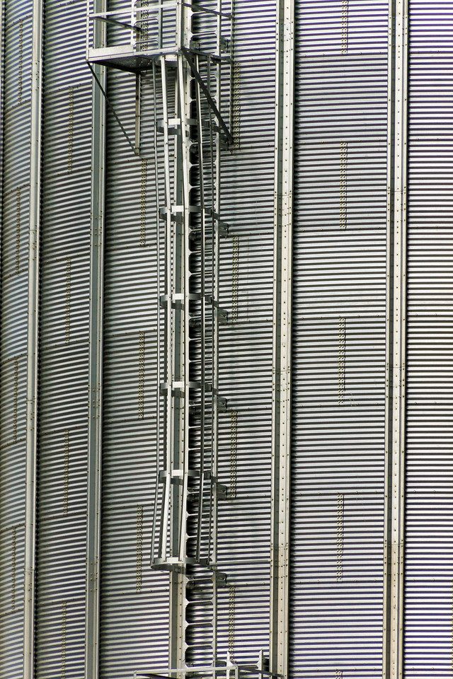 grain elevator, Snake River, Washington