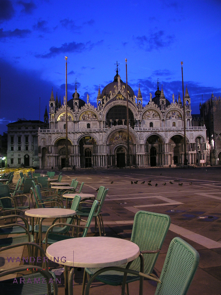 Sunrise on the Piazza