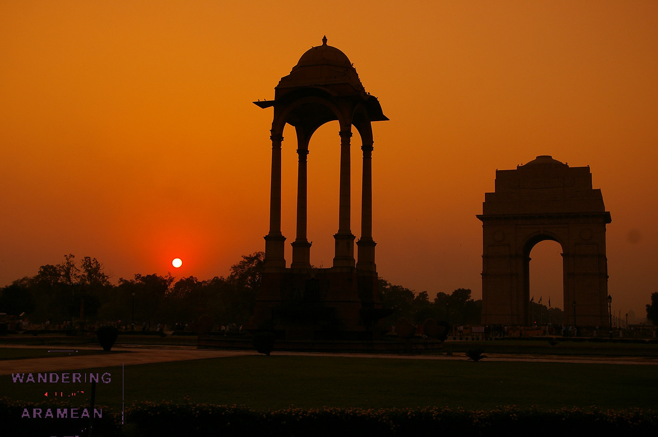 Sunset over the India Gate