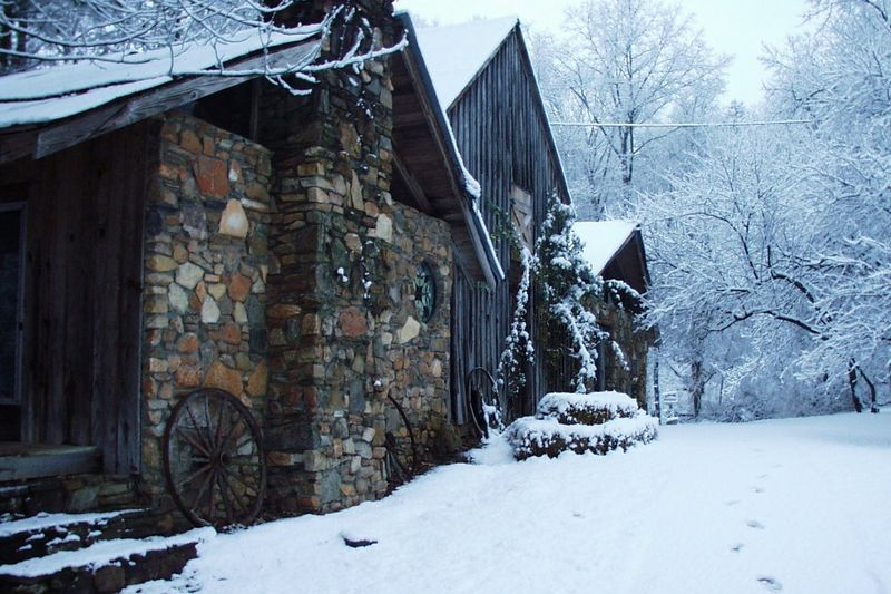 A nice Winter scene of the old barn at Autrey Mill Nature Preserve in Alpharetta, GA.  This was taken in early, 2002, at about 7:00 in the morning.  One of the great benefits of living there was the ability to get pictures like this.  Those are my footprints in the snow on the right.