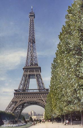 Tour Eiffel Paris France - Oct 1978